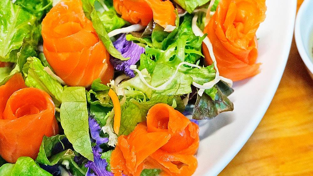 Receta de ensalada de rúcula y salmon ahumado