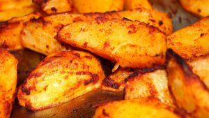 Receta de patatas al horno con queso parmesano