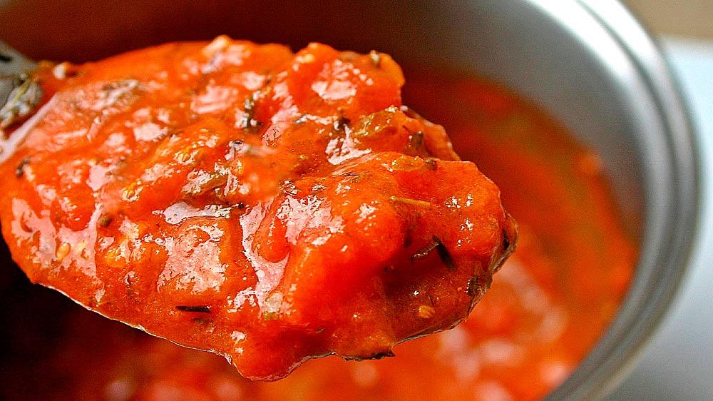 Receta de salsa de tomate con verduras