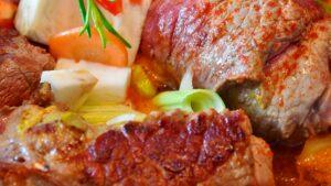 Receta de aleta de ternera con relleno en salsa