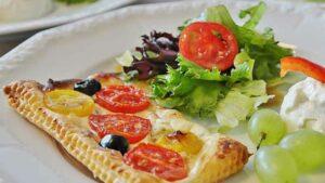 Receta de hojaldre de endivias, pera y queso azul