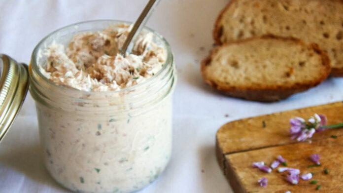 Receta de dip de pollo y queso crema para picoteo
