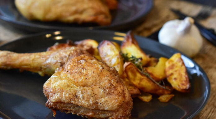 Receta de muslos de pollo al vino con patatas