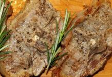 Receta de chuletas de cerdo con patatas y romero